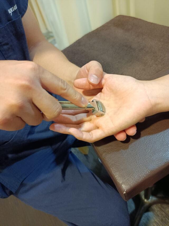 3.ばね指専用の特殊器具